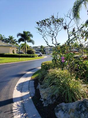 1542 Se Prestwick Lane, Port Saint Lucie, FL 34952