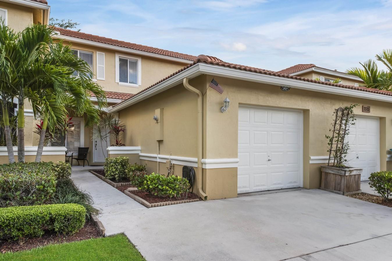 1513 Arezzo Circle, Boynton Beach, FL 33436