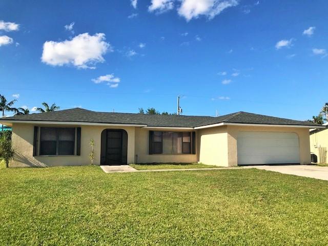 1125 Se Petunia Avenue, Port Saint Lucie, FL 34952