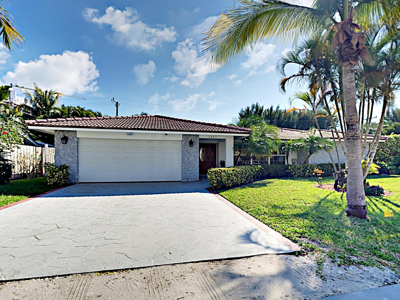 1271 Singer Drive, Riviera Beach, FL 33404