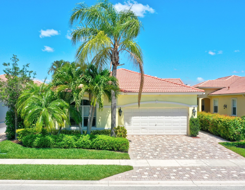 103 Casa Grande Court, Palm Beach Gardens, FL 33418