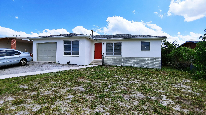 1341 W 31st Street, Riviera Beach, FL 33404