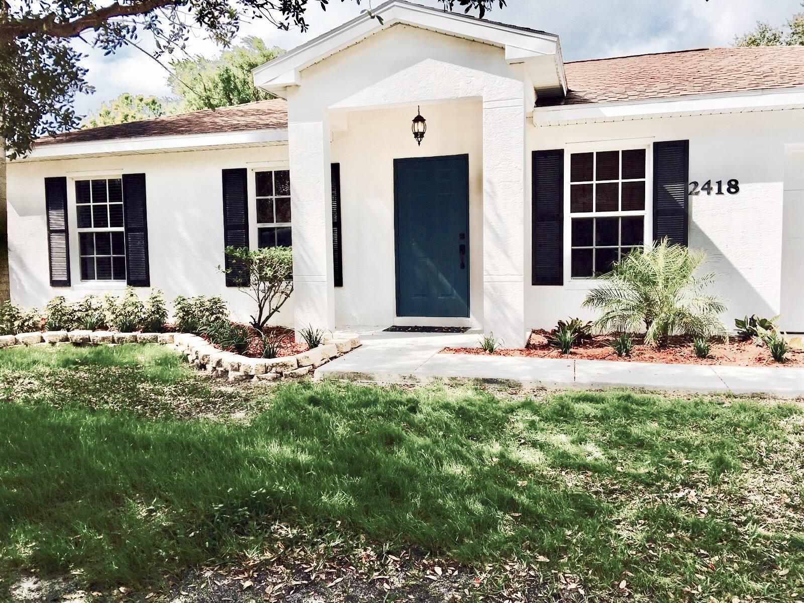 2418 Sw Carpenter Street, Port Saint Lucie, FL 34984