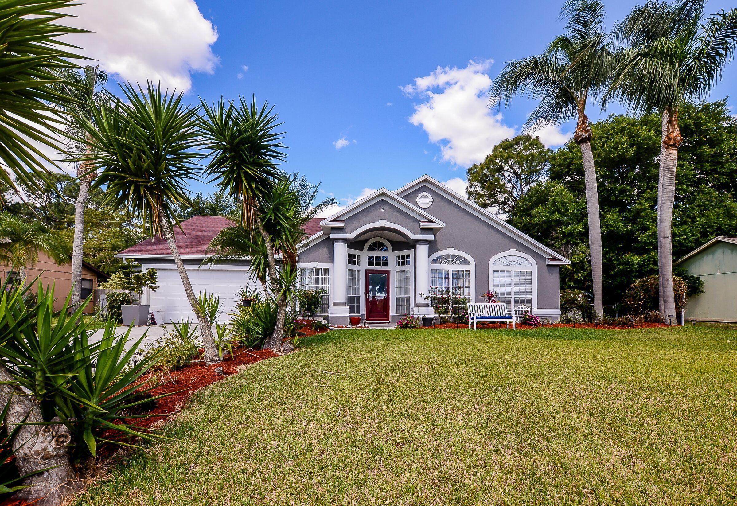 2522 Sw Kensington Street, Port Saint Lucie, FL 34953