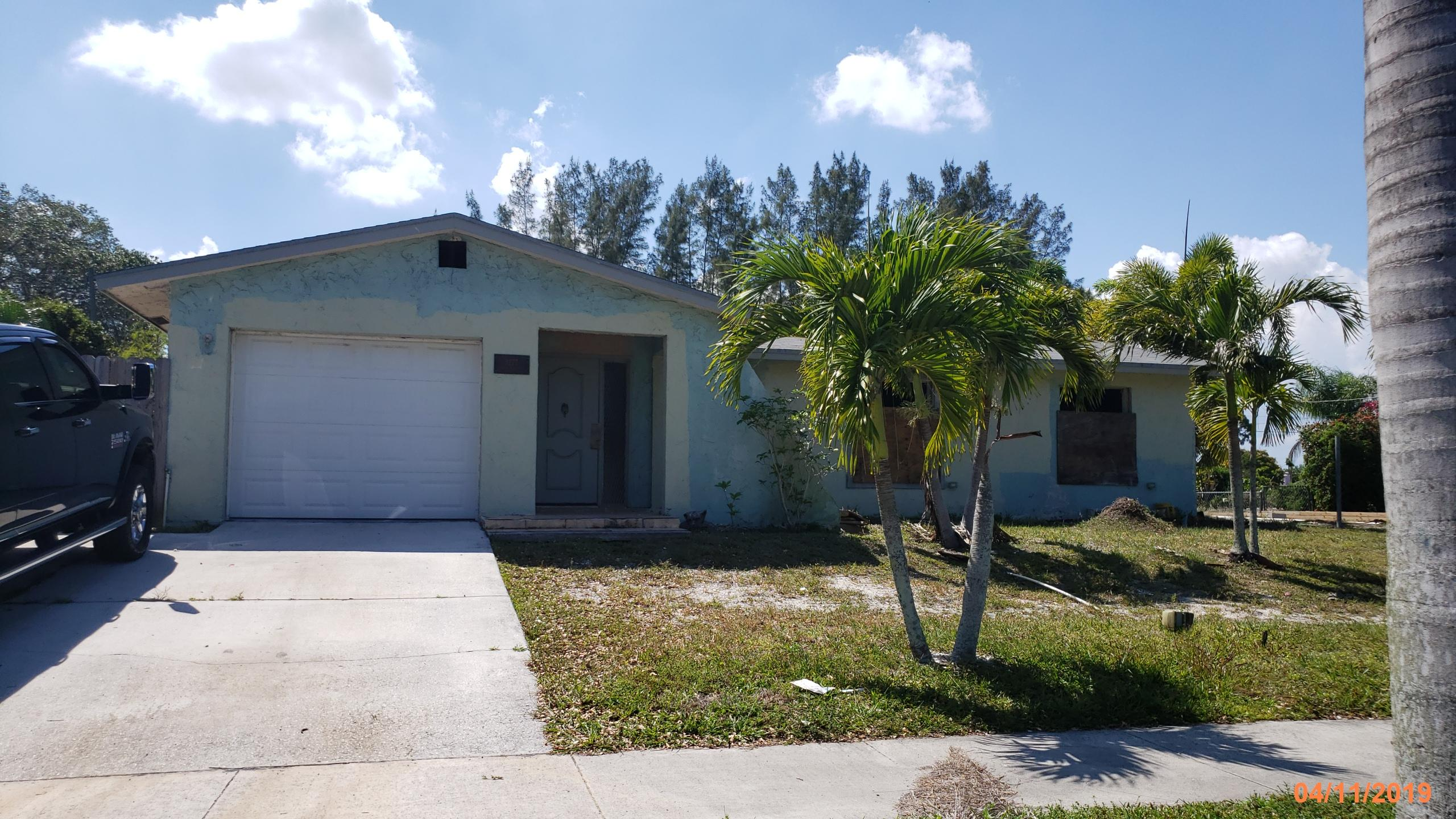 3277 Pinehurst Drive, Lake Worth, FL 33467