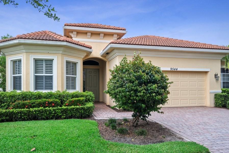 9544 Sw Nuova Way, Saint Lucie West, FL 34986