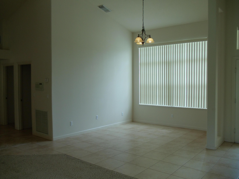 4070 Sw Haycroft Street, Port Saint Lucie, FL 34953