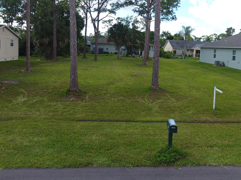 1886 Sw Altman Avenue, Port Saint Lucie, FL 34953