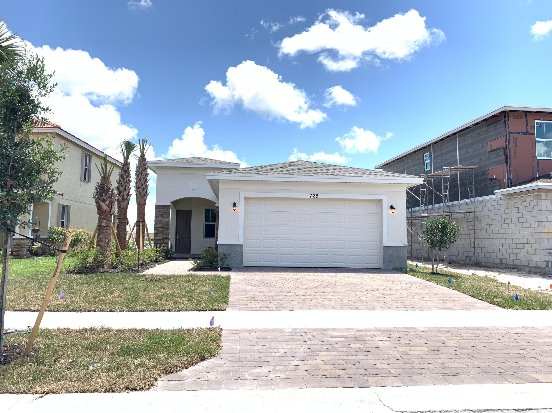 725 Nw Leonardo Circle, Port Saint Lucie, FL 34986