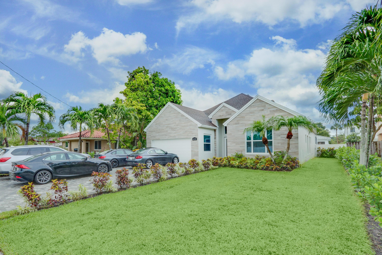 4470 Sw 26th Avenue, Dania Beach, FL 33004