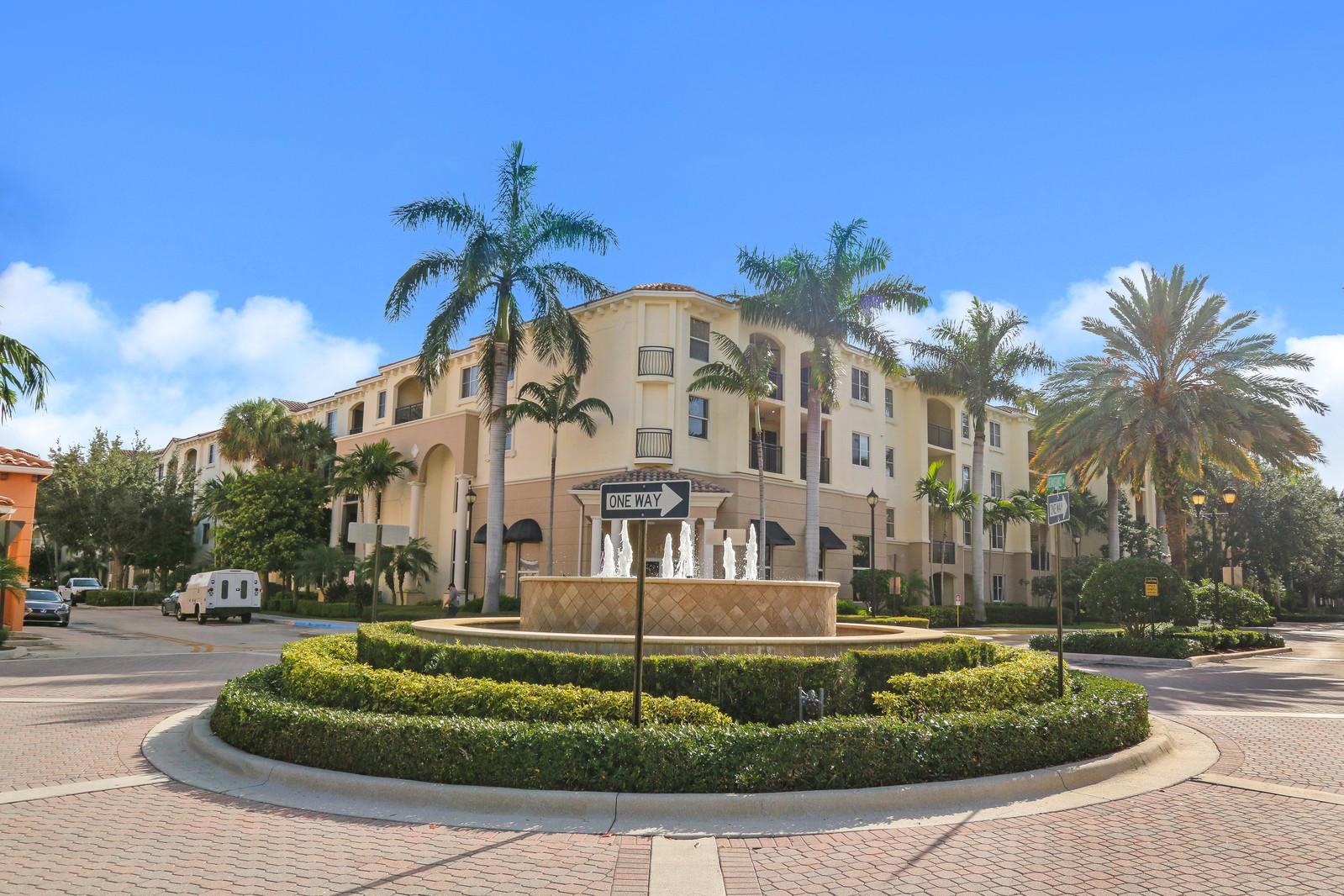 1208 Renaissance Way, Boynton Beach, FL 33426
