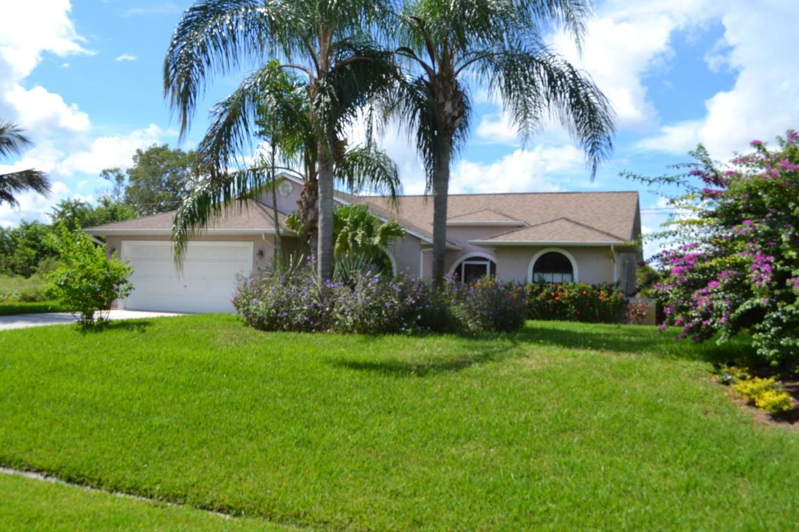 1672 Sw Cameo Boulevard, Port Saint Lucie, FL 34953