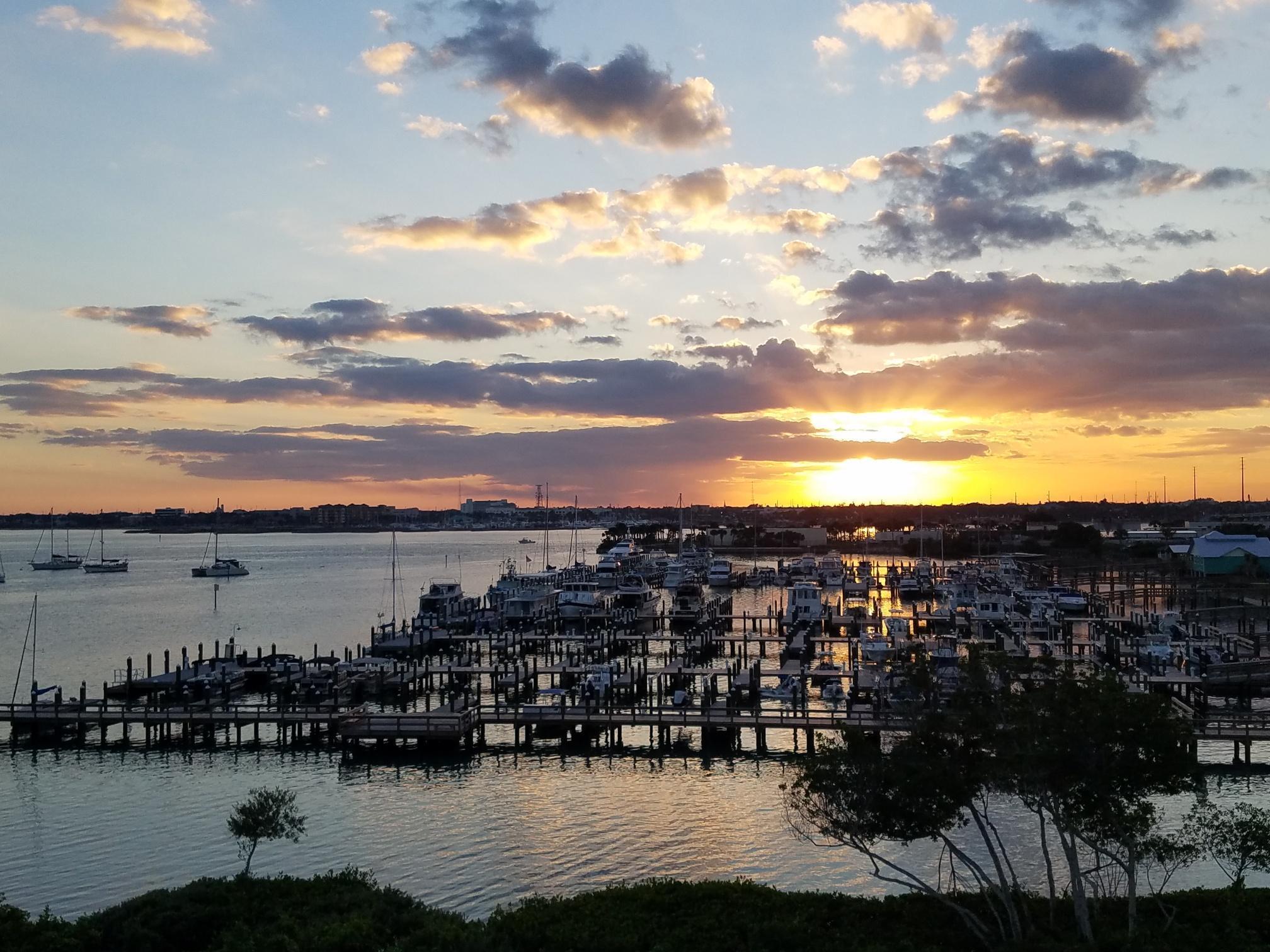 33 Harbour Isle W Drive, Fort Pierce, FL 34949