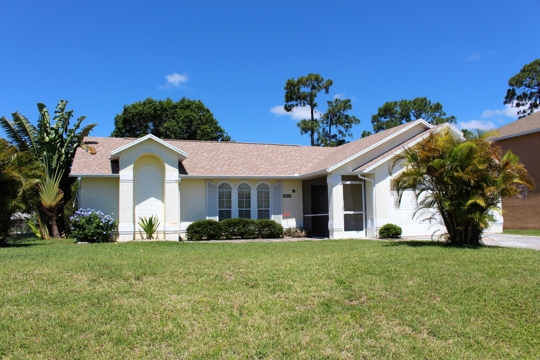 2192 Se Wald Street, Port Saint Lucie, FL 34984