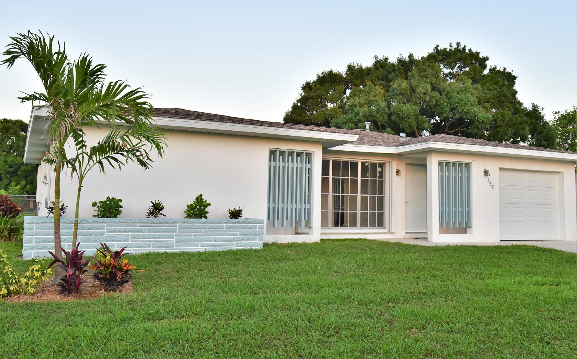 855 Se Festivo Court, Port Saint Lucie, FL 34983