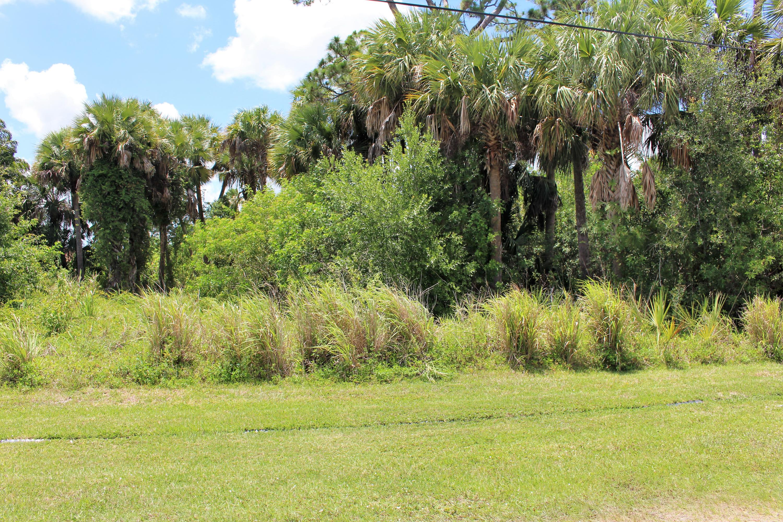 2326 Sw Indigo Lane, Port Saint Lucie, FL 34953