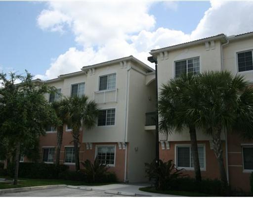 9873 Baywinds Drive, West Palm Beach, FL 33411