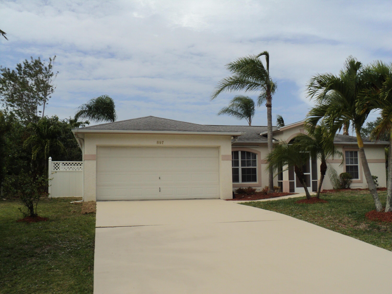 897 Se Chaloupe Avenue, Port Saint Lucie, FL 34983