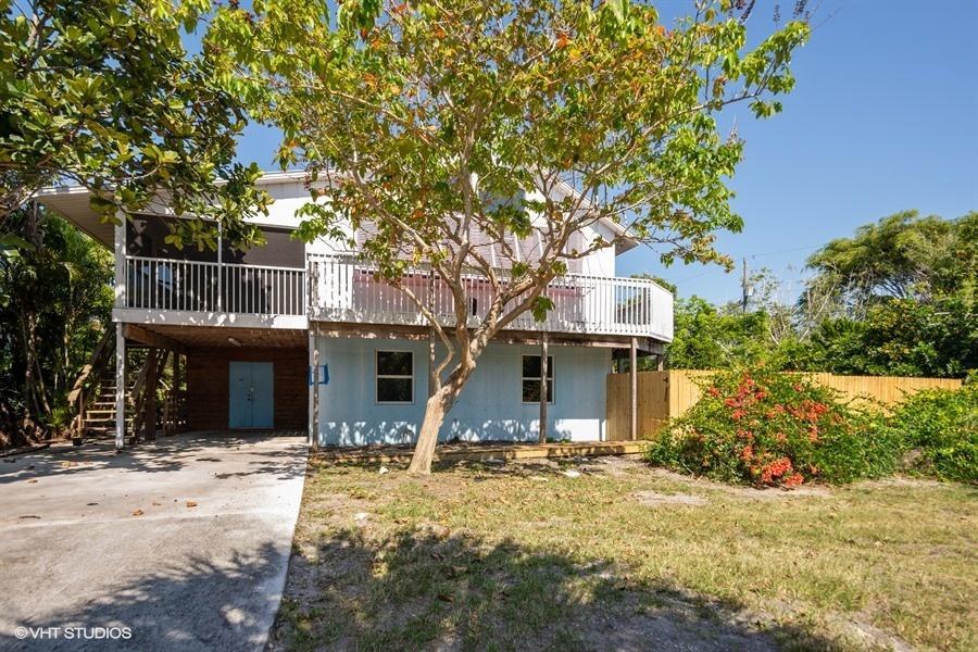 3896 Ne Cheri Drive, Jensen Beach, FL 34957