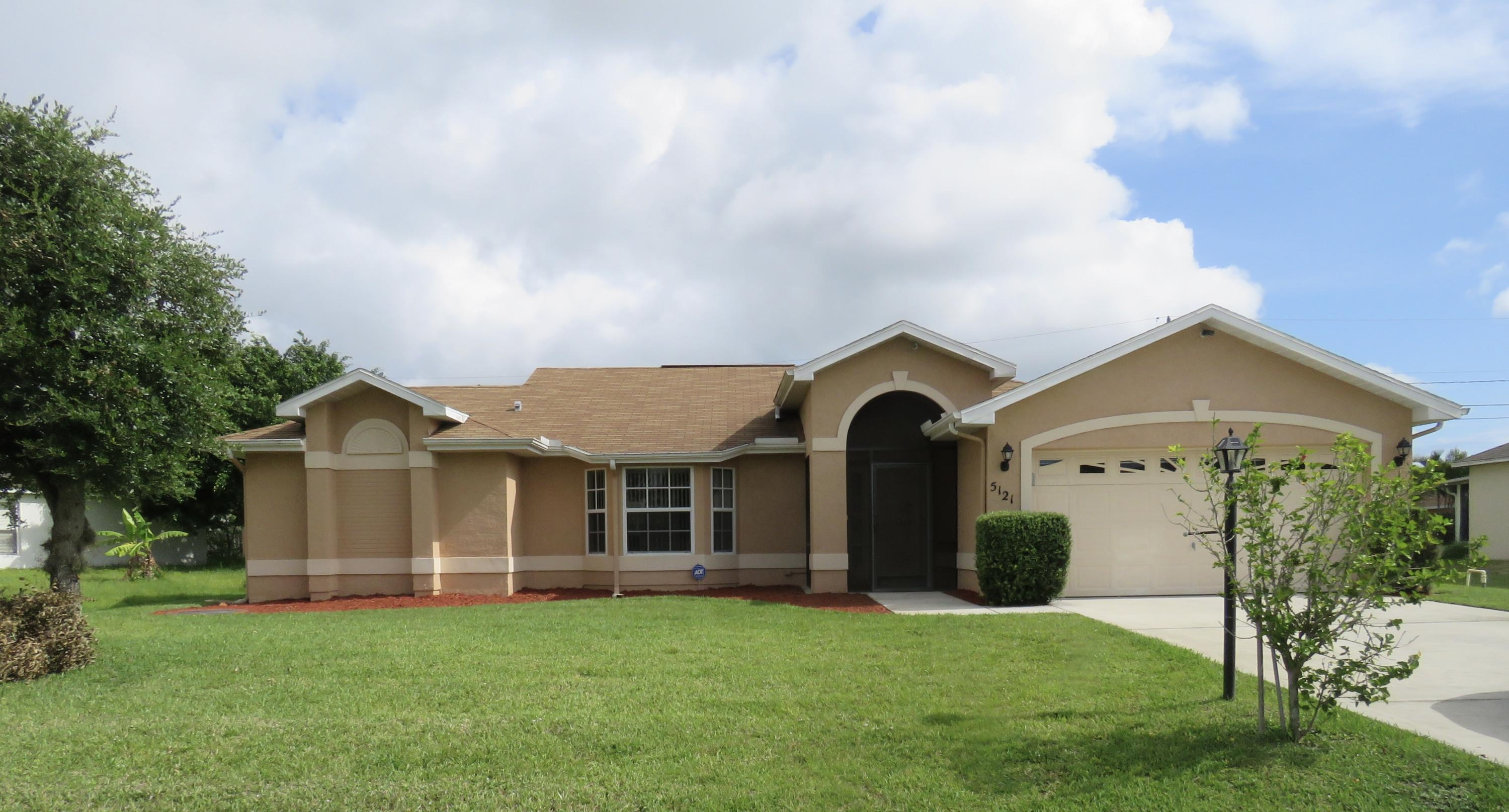 5121 Nw Ever Road, Port Saint Lucie, FL 34983