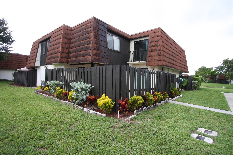 2145 White Pine Circle, Greenacres, FL 33415