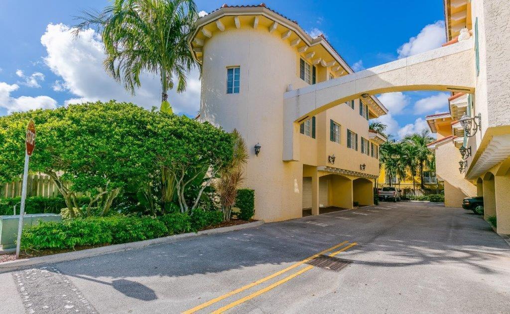 705 Se 13th Street, Fort Lauderdale, FL 33316