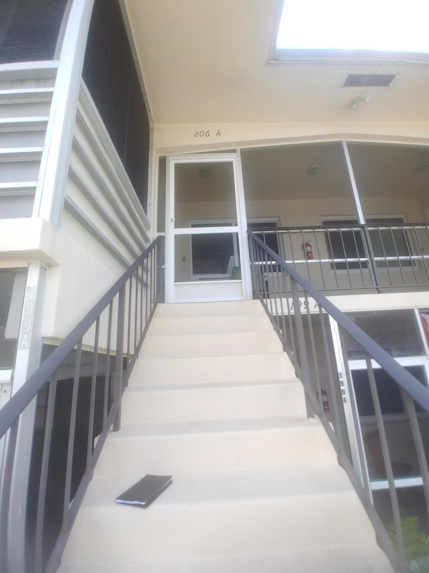 206 A Stratford, West Palm Beach, FL 33417