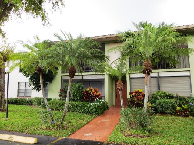 9815 Pineapple Tree Drive, Boynton Beach, FL 33436