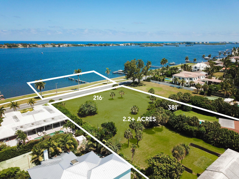 5200/5300 Essex Court, West Palm Beach, FL 33405