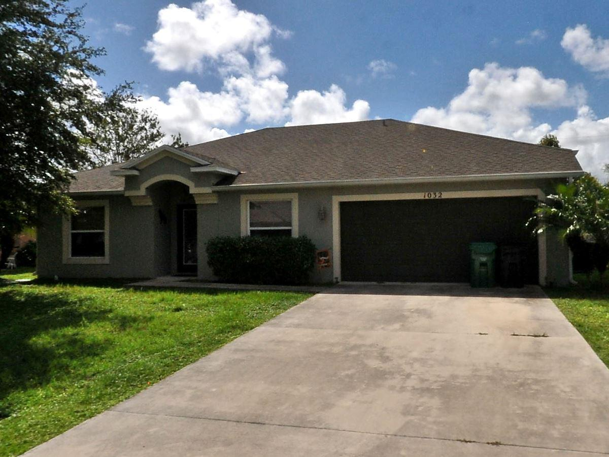 1032 Se Seagrass Avenue, Port Saint Lucie, FL 34983