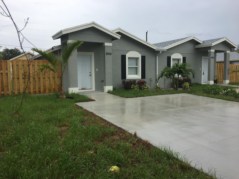 2934 Hiawatha Avenue, West Palm Beach, FL 33409