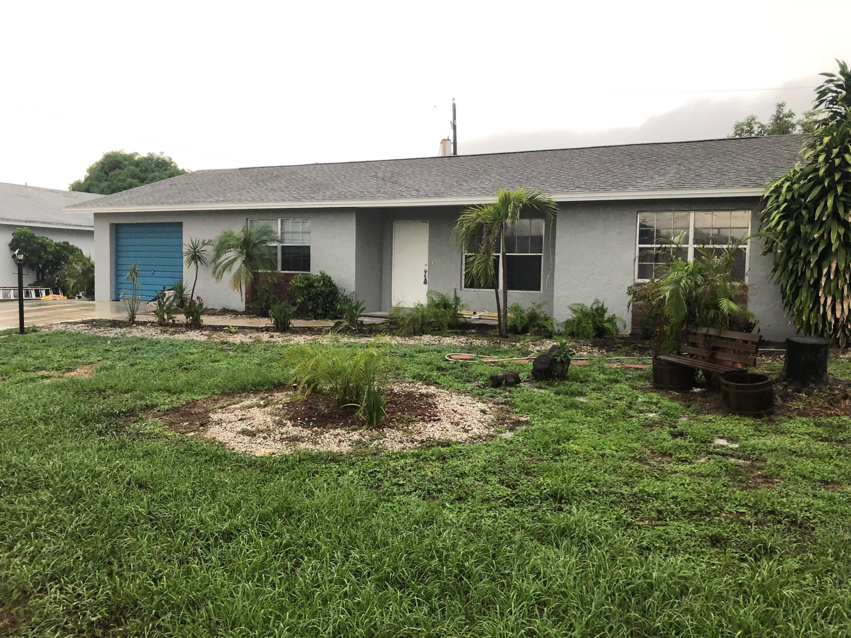 1607 Ne 21st W Terrace, Jensen Beach, FL 34957