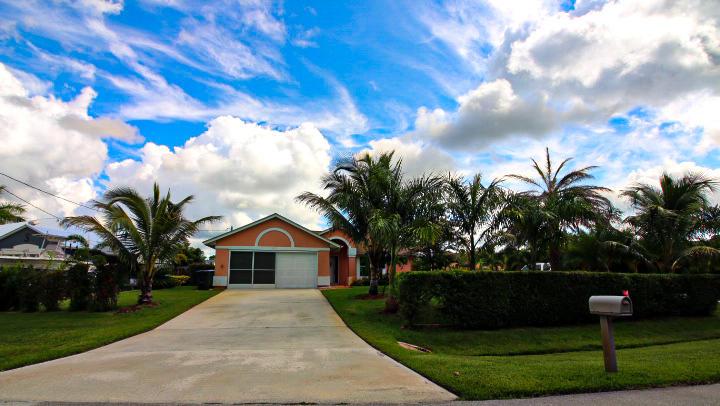 1573 Sw Calmar Avenue, Port Saint Lucie, FL 34953