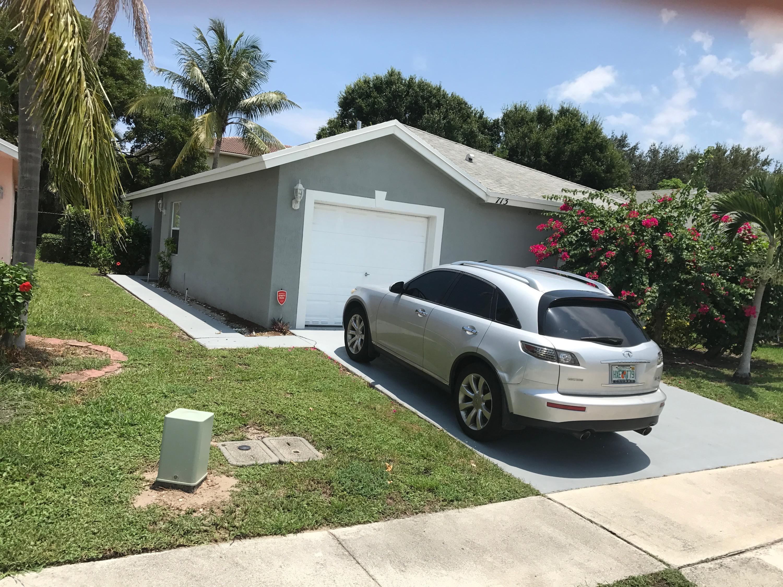 713 Key West Street, Boynton Beach, FL 33426
