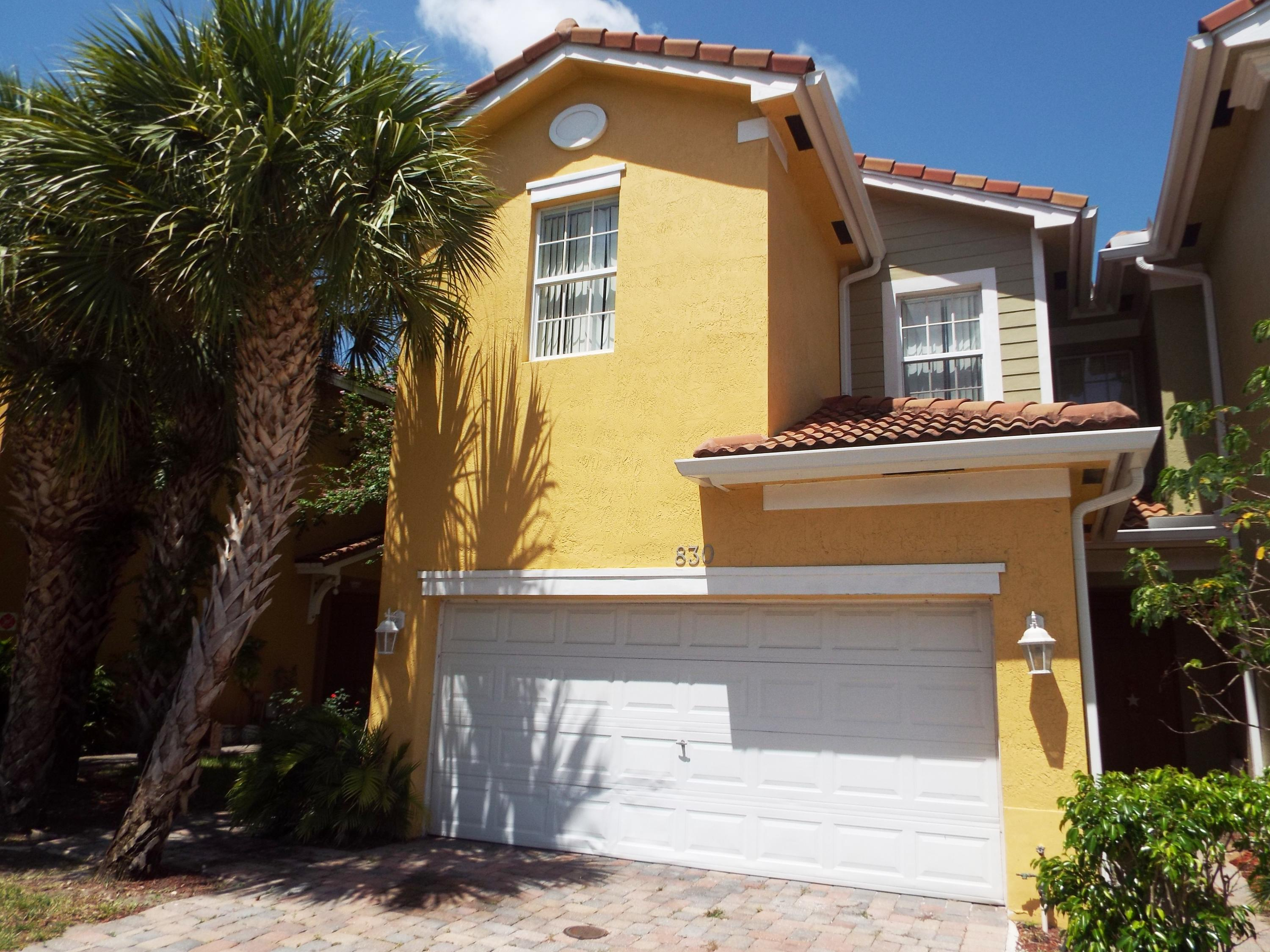 830 Pipers Cay Drive, West Palm Beach, FL 33415