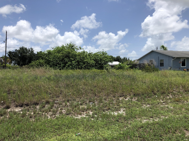 1709 Sw Monterrey Lane, Port Saint Lucie, FL 34953