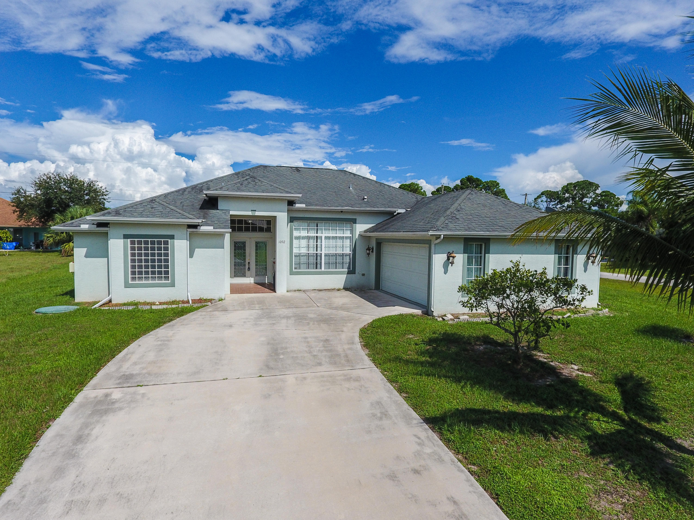 1092 Sw Fenway Road, Port Saint Lucie, FL 34953