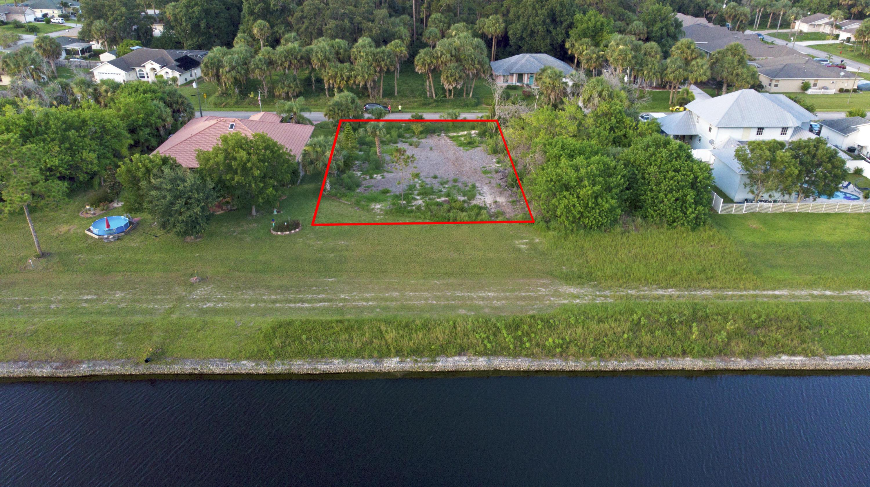2026 Sw Villanova Road, Port Saint Lucie, FL 34953