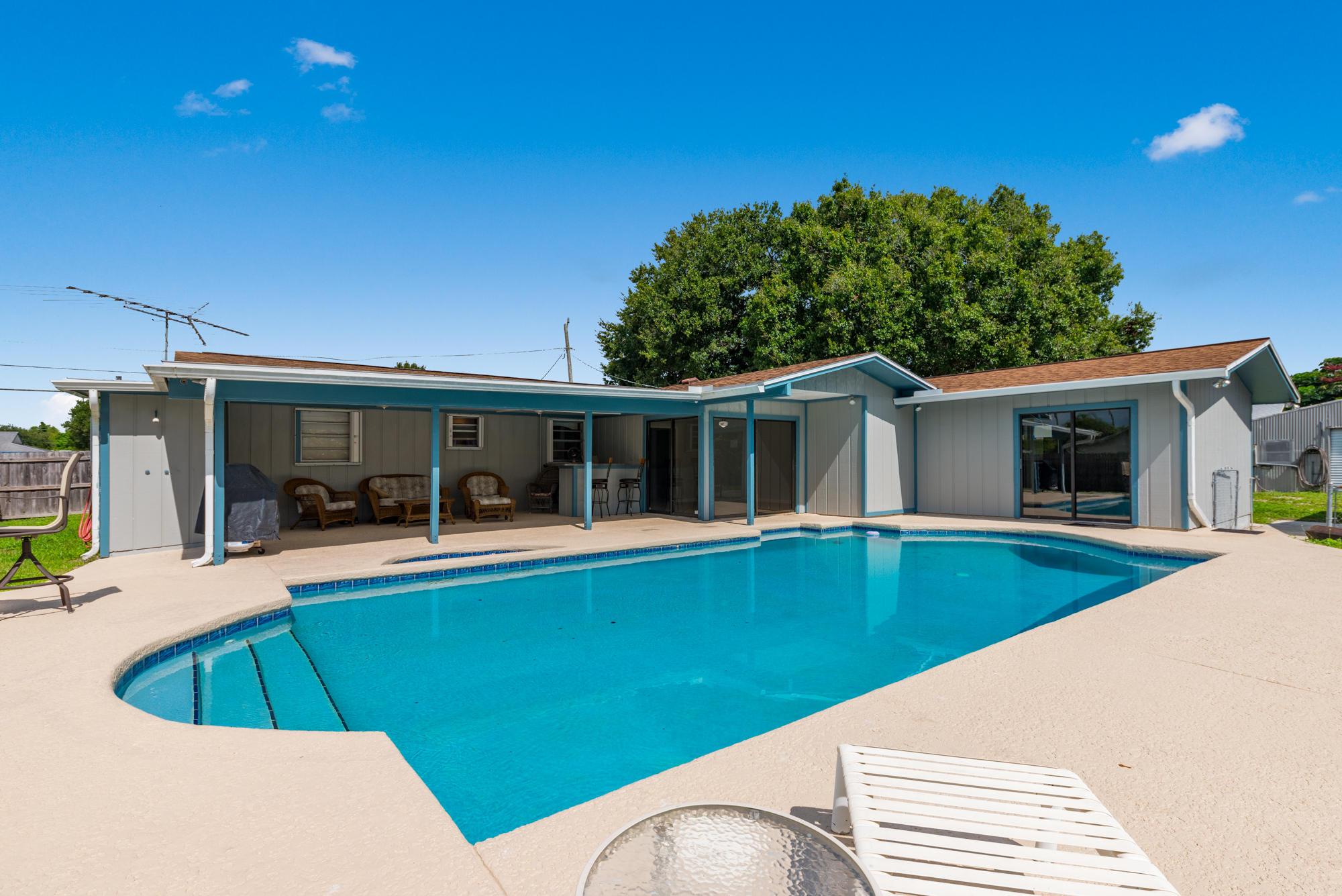 5202 Myrtle Drive, Fort Pierce, FL 34982