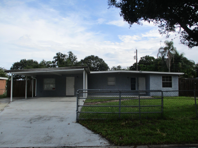 356 Borraclough Street, Fort Pierce, FL 34982