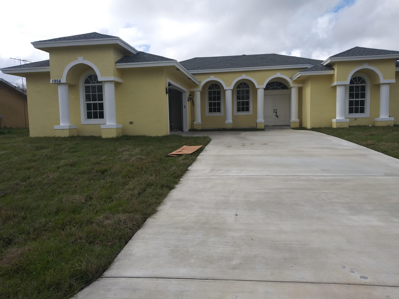 1956 Sw Beekman Street, Port Saint Lucie, FL 34953