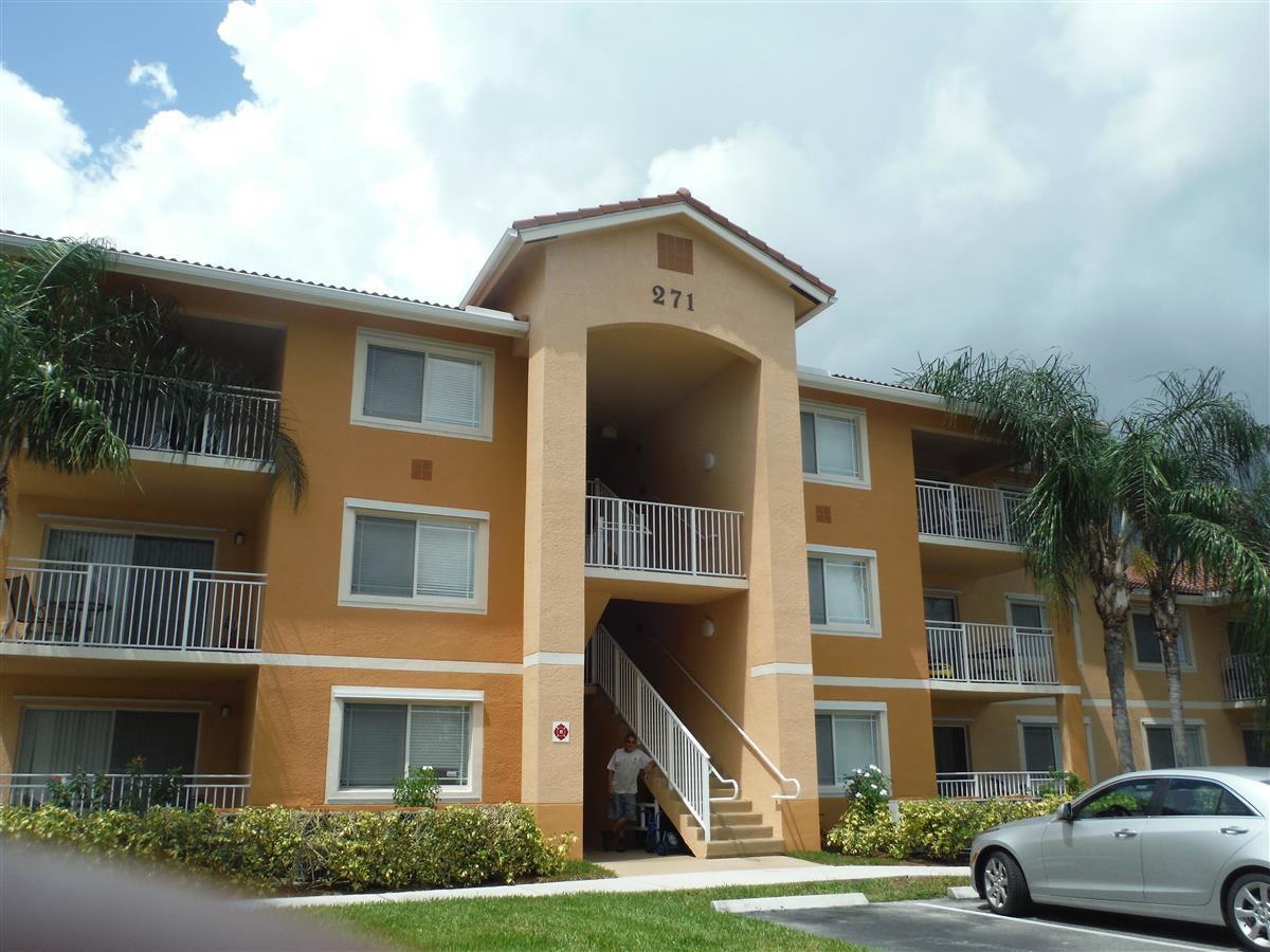 271 Sw Palm Drive, Port Saint Lucie, FL 34986