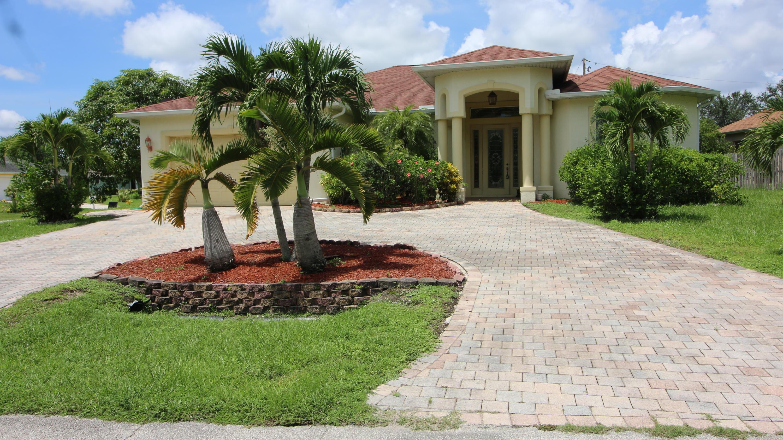 414 Sw Cherryhill Road, Port Saint Lucie, FL 34953