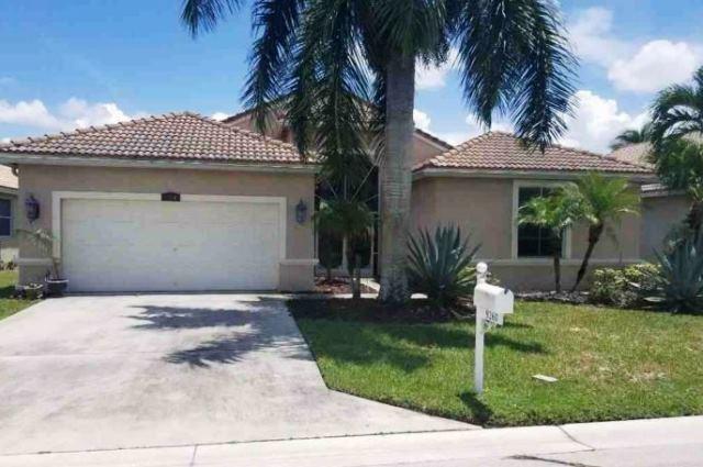 9260 Cove Point Circle, Boynton Beach, FL 33472