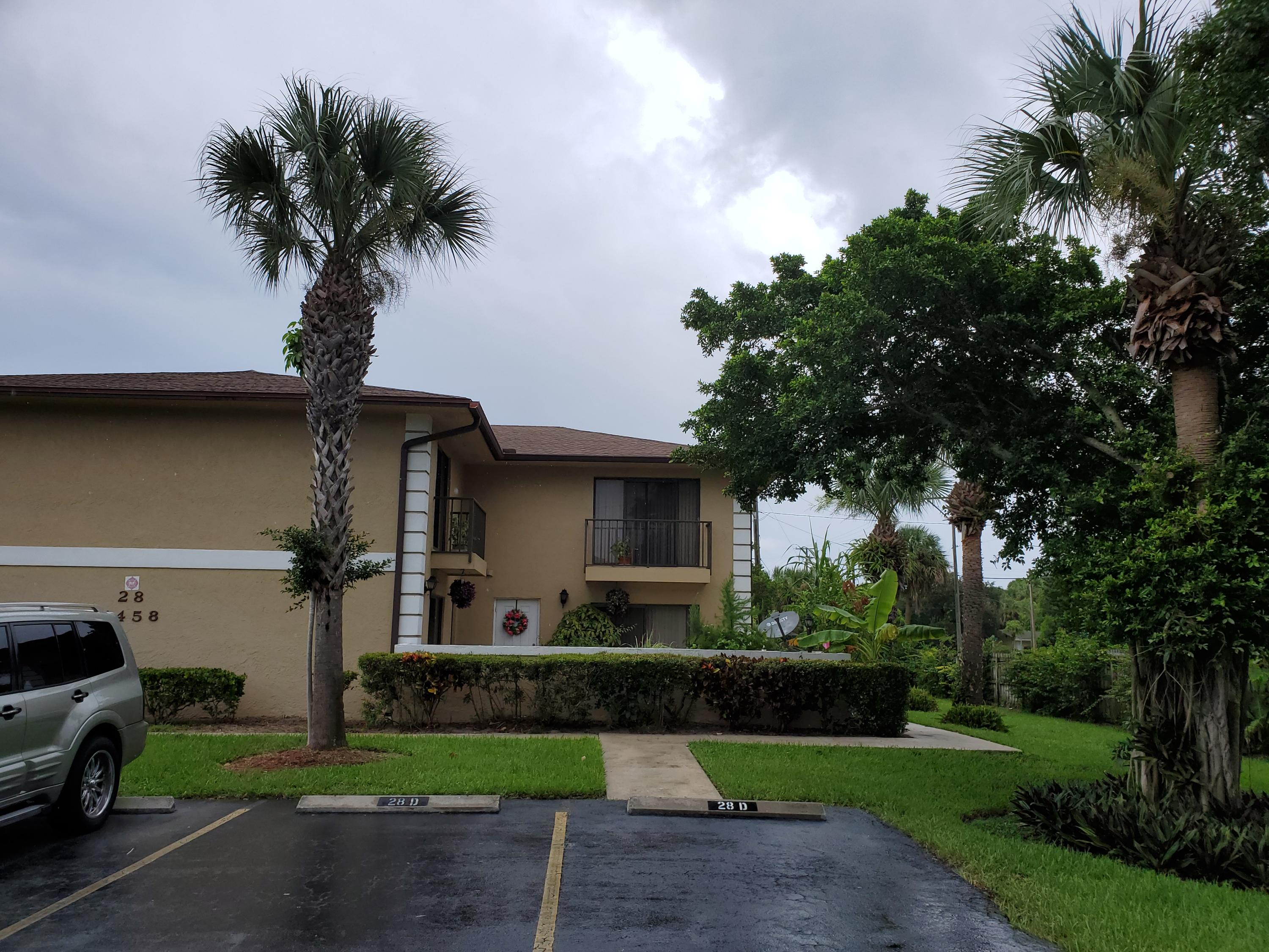 1458 N Lawnwood Circle, Fort Pierce, FL 34950