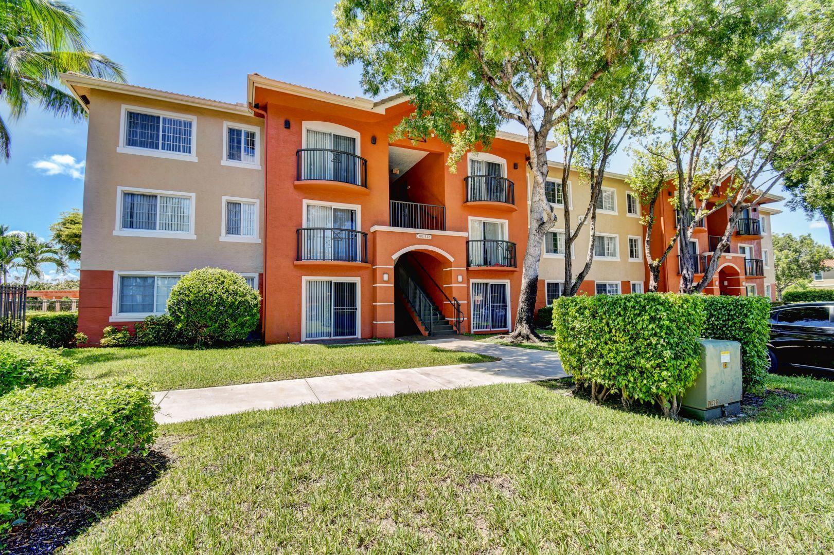 4195 Haverhill Road, West Palm Beach, FL 33417