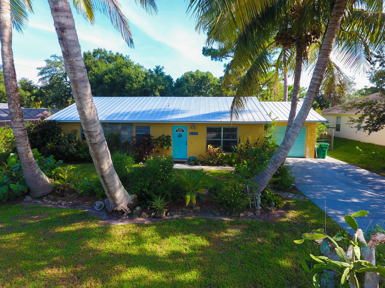7604 Coquina Avenue, Fort Pierce, FL 34951