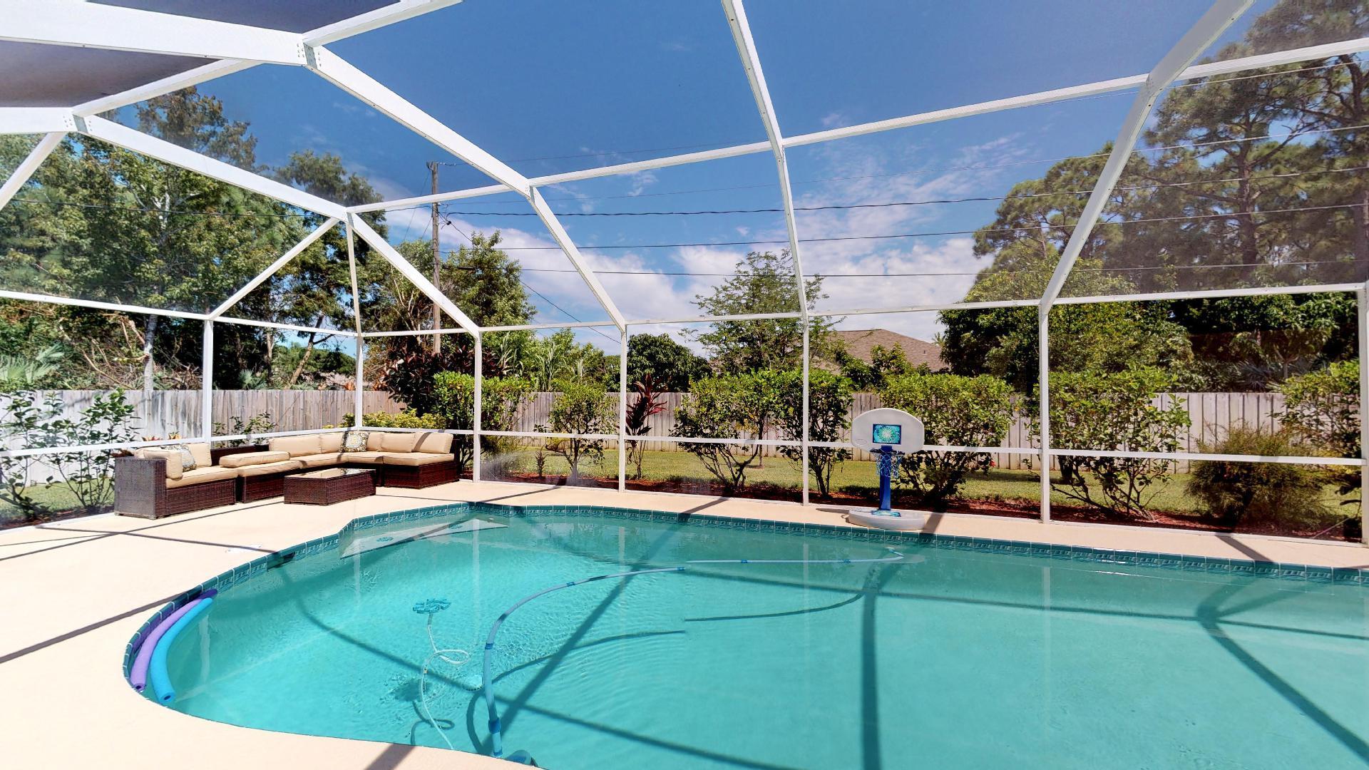 2615 Se Ruffin Terrace, Port Saint Lucie, FL 34952