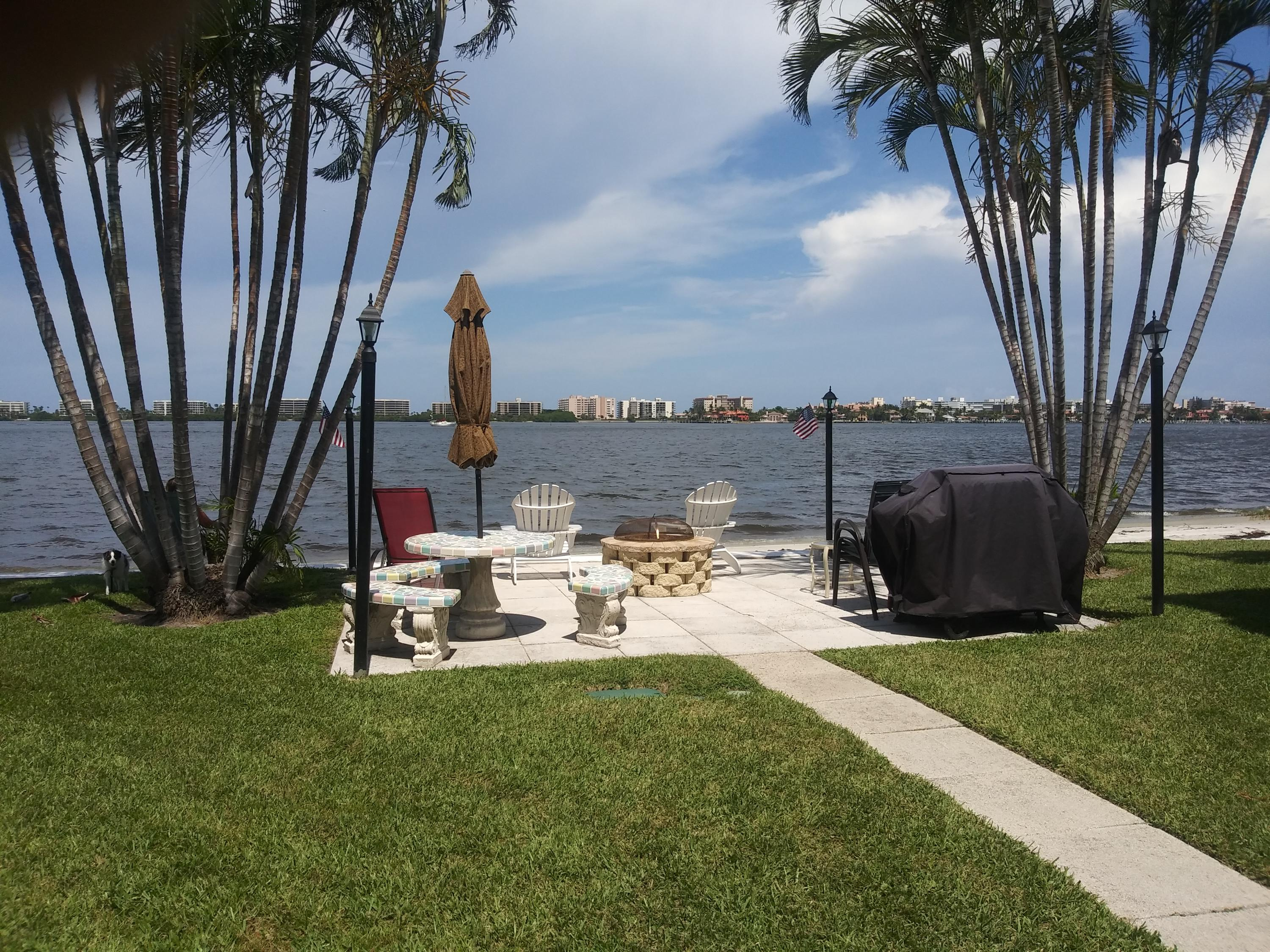 1430 S Lakeside Drive, Lake Worth, FL 33460
