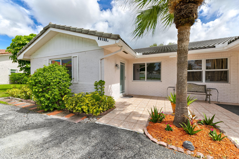 11371 Nw 38 Street, Coral Springs, FL 33065